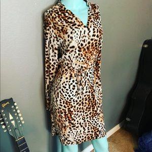 NWOT Worthington Leopard Dress Size 6 tie waist